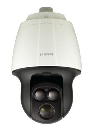 Nowa kamera zintegrowana PTZ z 32-krotnym zoomem optycznym, automatycznym śledzeniem obiektów oraz unikalną technologią ogniskowania oświetlenia IR